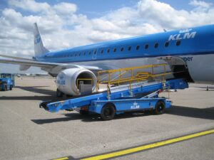 KLM and belt loader